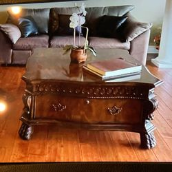 Coffee Table And Side Table for Sale in Tacoma,  WA
