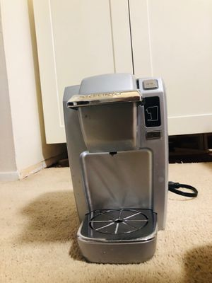 Single Cup Keurig Coffee Maker for Sale in Honolulu, HI