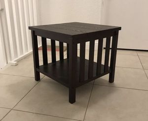 End table for Sale in Miramar, FL