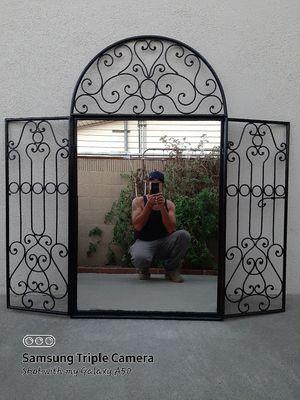 Decorative Mirror for Sale in Garden Grove, CA