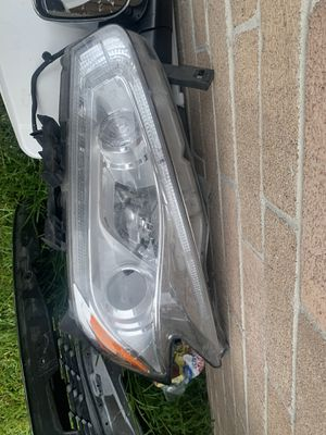 Nissan Murano headlight for Sale in Humble, TX