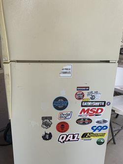 Free Refrigerator for Sale in Chandler,  AZ