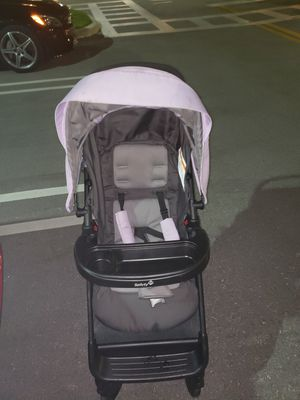 CAR SEAT/STROLLER COMBO for Sale in Pompano Beach, FL