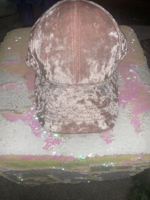 Light Pink Velvet Hat for Sale in Long Beach, CA