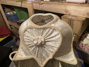 Vintage lamp shade for Sale in Imperial, MO