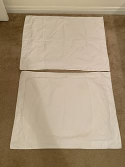 2 Standard Size Pillow Shams for Sale in Waco,  TX