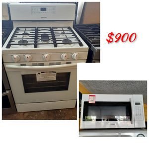New Samsung 5 Burner Gas Stove & Samsung Over the Range Microwave for Sale in Los Angeles, CA
