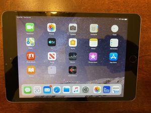 Apple iPad Mini 3 128GB wifi + cellular for Sale in Concord, CA