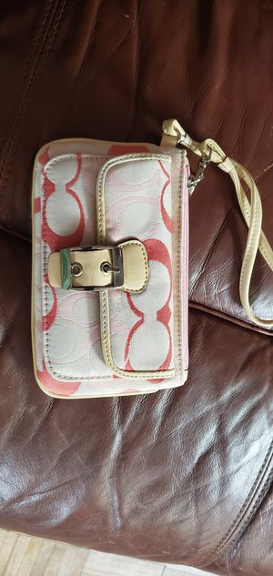 Real Coach Wristlet for Sale in Cleveland, OH