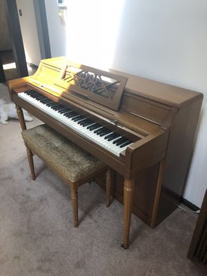 Vintage piano with seat for Sale in Chicago, IL