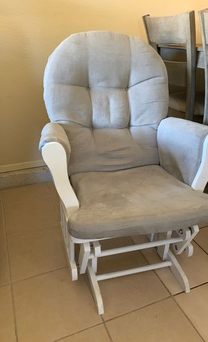Rocking Chair - light gray for Sale in Orondo, WA