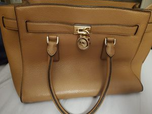 Gently used authentic michael kors bag for Sale in Las Vegas, NV