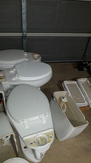 Three free toilets for Sale in San Antonio, TX