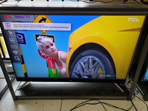 """TCL 55"""" 55C807 smart 4K TV with roku for Sale in Fontana, CA"""