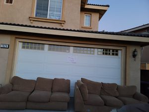 Couch set, Free for Sale in GLMN HOT SPGS, CA