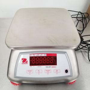 Ohaus Valor 4000 Scale for Sale in Columbus, OH