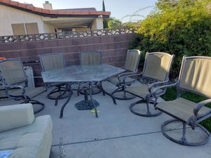 Outdoor patio table set for Sale in Las Vegas, NV