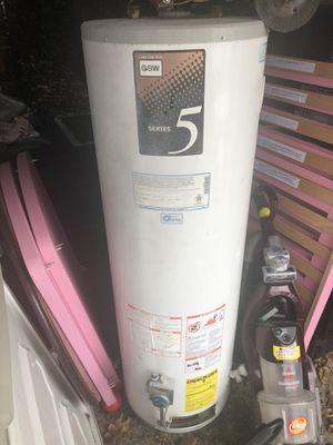 Water heater for Sale in Dearborn, MI