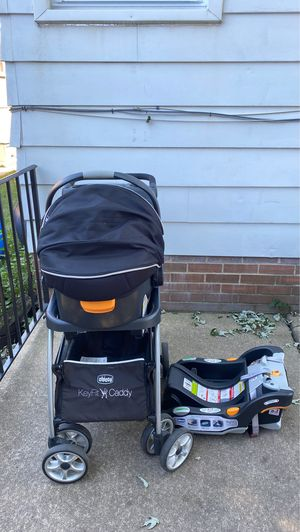 Chico stroller with car seat and base for Sale in Chicago, IL