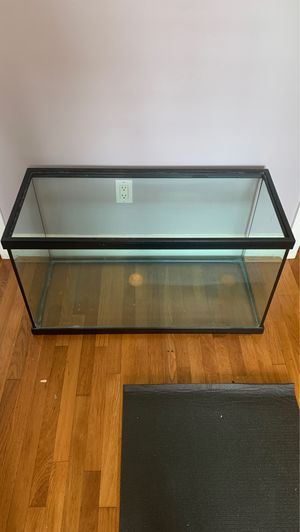 Fish tank 55 gallons double edge high quality for Sale in San Diego, CA