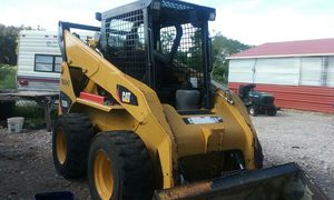 Caterpillar 252B skid steer Loader for Sale in Haines City, FL
