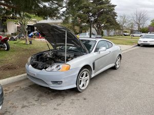 2004 Hyundai tiburon parts for Sale in Fresno, CA