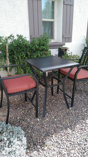 Masa con 2 sillas para el patio for Sale in Phoenix, AZ