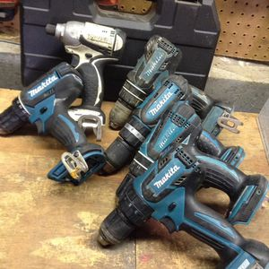 Makita 18 V impact and hammer drills for Sale in Columbus, OH