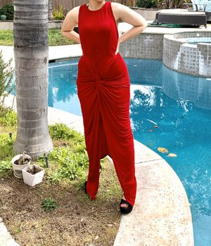 Red Maxi dress for prom or wedding for Sale in Corona, CA