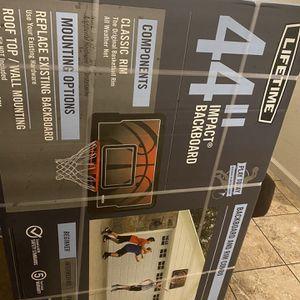 basketball hoop for Sale in Fresno, CA