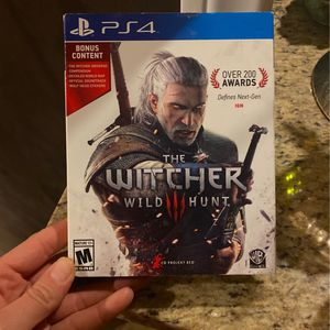 The Witcher 3 PS4 Game with Bonus Content, used. for Sale in Costa Mesa, CA