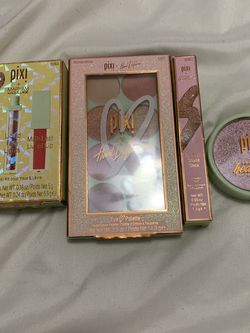 Pixi Makeup for Sale in Fair Oaks,  CA