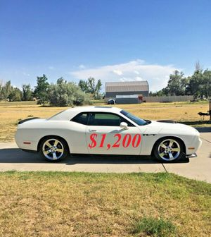 🌺$1,2OO Selling🌺 2009 Dodge Challenger🌺 very nice🙏🏼 for Sale in New Haven, CT