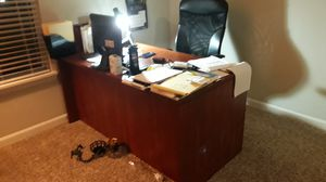 Desk with chair for Sale in Midlothian, VA