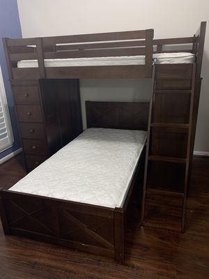 Bunk Bed with desk and drawers for Sale in Sugar Land, TX