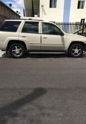 Chevy trailblazer 09 for Sale in Miami, FL