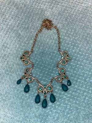 Jewel necklace for Sale in North Las Vegas, NV