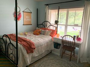 Metal full size bed for Sale in New Port Richey, FL