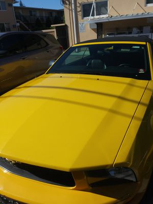 Ford Mustang 2005 Convertible for Sale in Miami, FL
