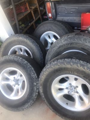 Jeep Wrangler tj AR wheels 31's r15 10.5 4.5 for Sale in Parlier, CA