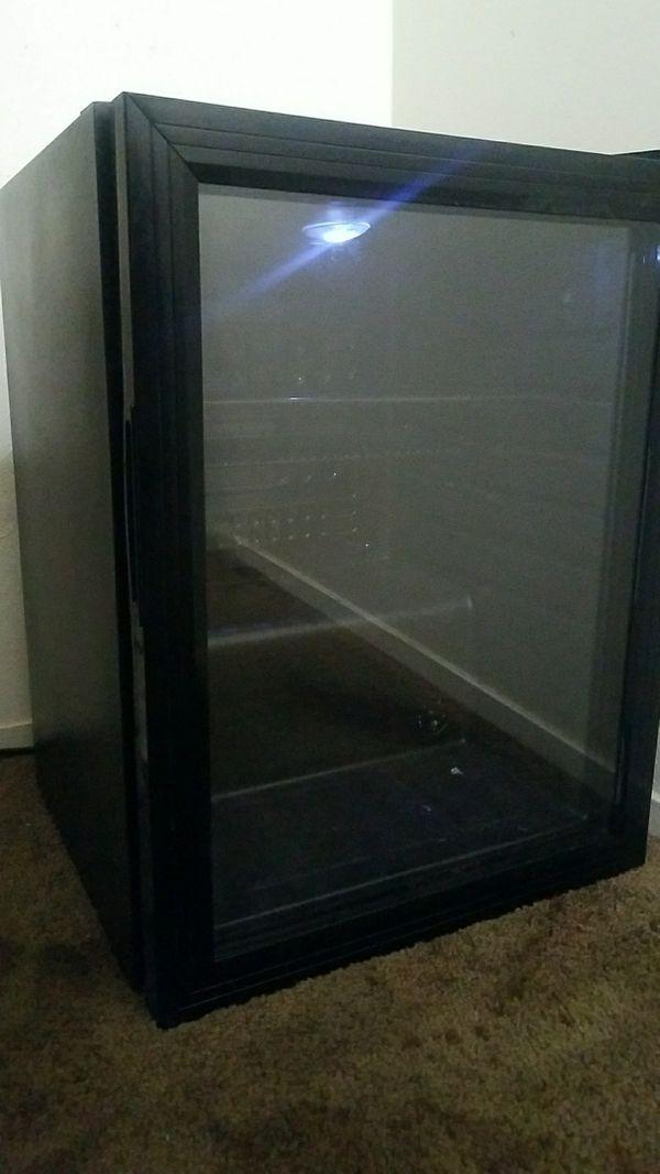 Glass mini fridge