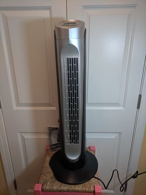 Holmes tower fan for Sale in Arden, NC