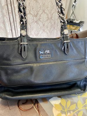 Coach Women's Purse for Sale in Bell Gardens, CA