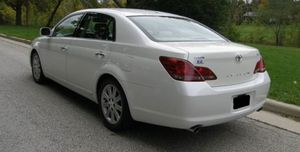 Great 10 Toyota Avalon 4WDWheels Clean for Sale in Tampa, FL