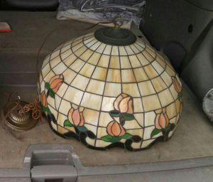 Antique Stained Glass Lamp for Sale in BRECKNRDG HLS, MO