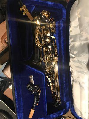 Black alto saxophone for Sale in Spring, TX