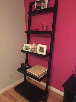 Sturdy and Stylish Ladder Shelf for Sale in Orlando,  FL