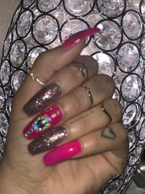 Glam nails acrylic for Sale in San Diego, CA
