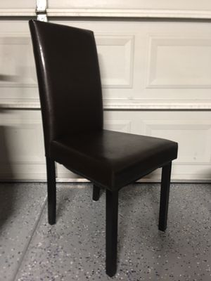 """Brown leather dining chair( 38""""total high 18""""H-18""""W -18""""D) for Sale in Peoria, AZ"""