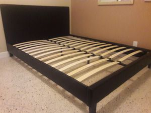 New full bed frame Mattress is not included for Sale in Miramar, FL